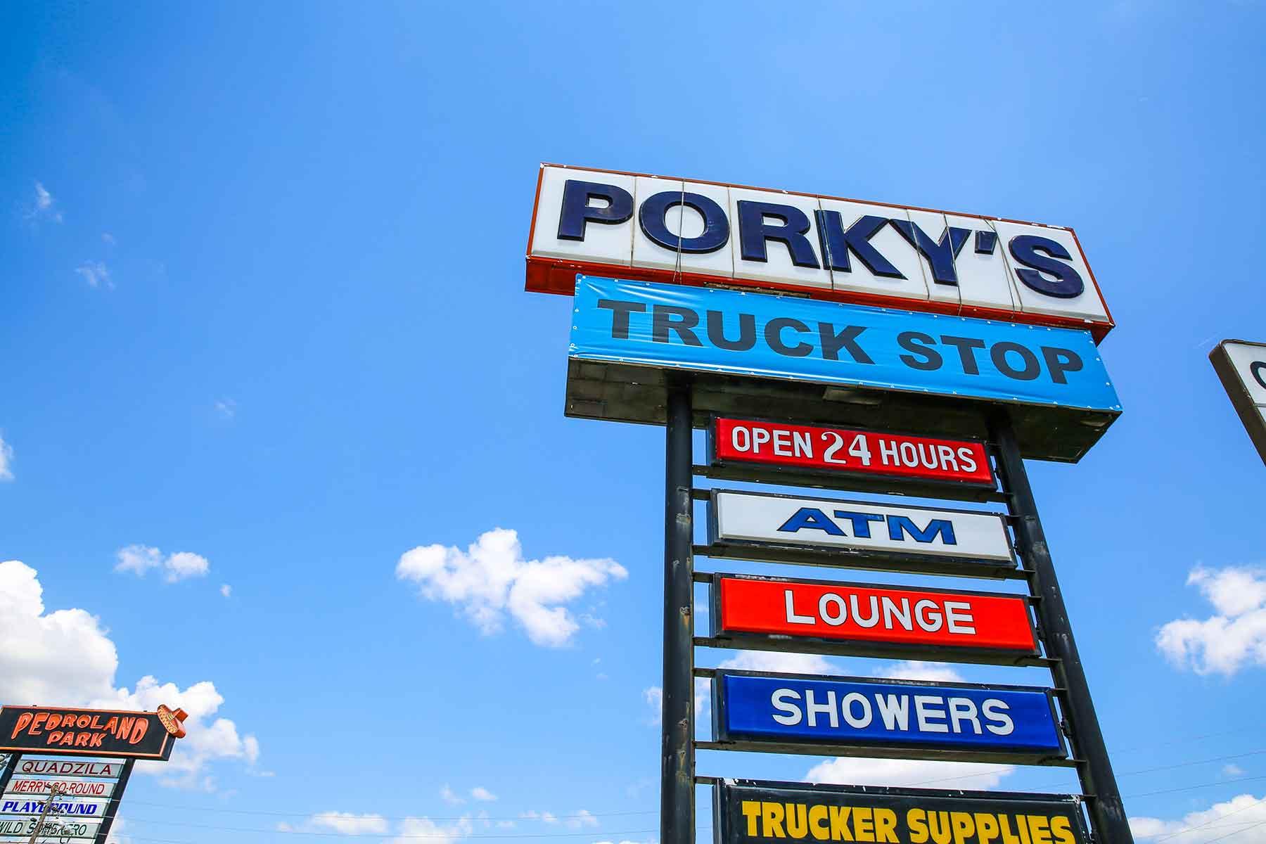 Porkys South of the Border in Hamer, South Carolina